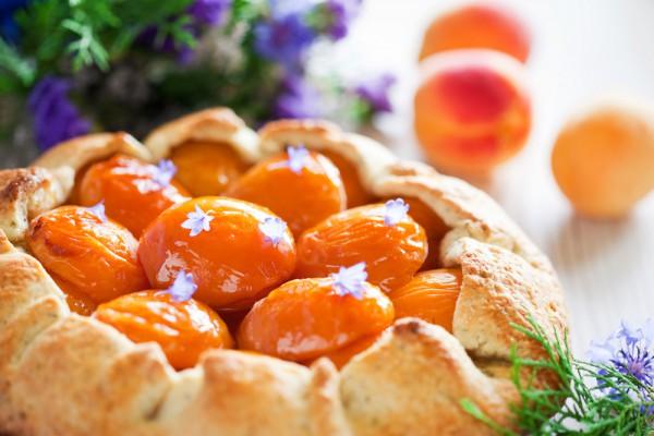 Рецепт теста на вареники с вишнями на воде
