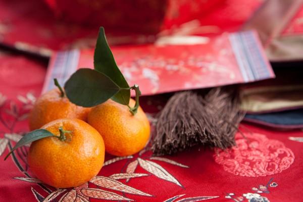 На Новый год в Китае традиционно угощаются мандаринами