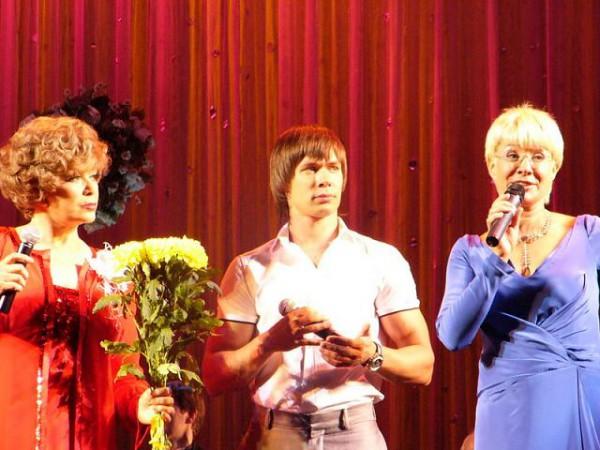 Эдита Пьеха, ее дочь Илона Броневицкая и внук Стас Пьеха