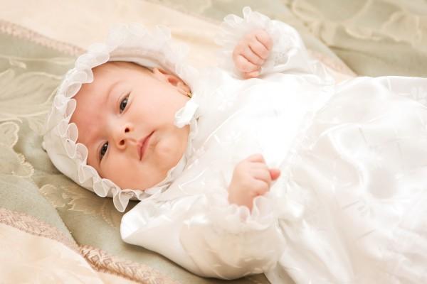 Что должна дарить крестная ребенку