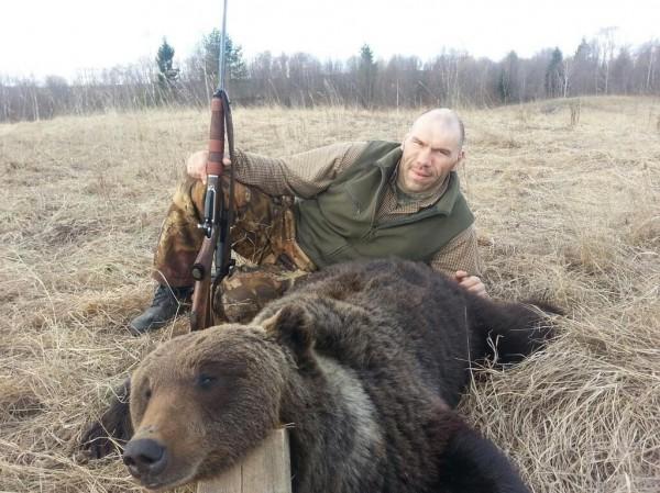 медведь шлюха что за прикол с