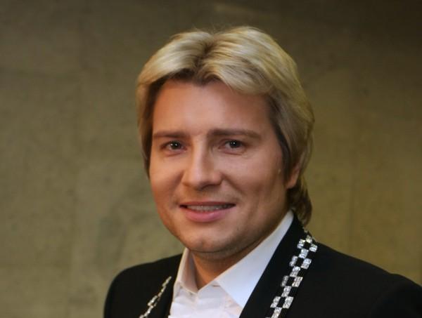 Николаю Баскову на день рождения подарили виллу