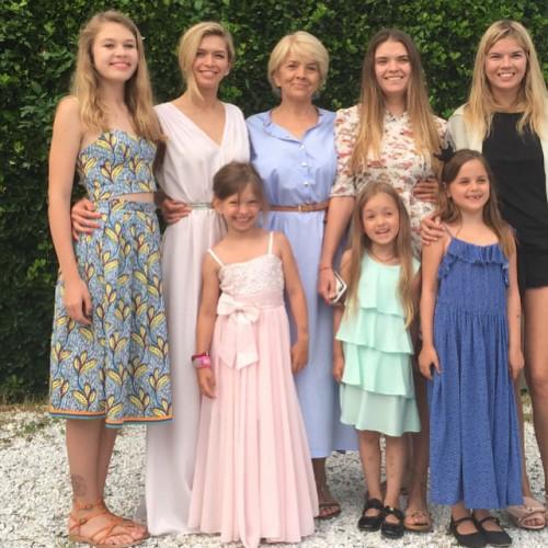 вера брежнева ее фото и семья