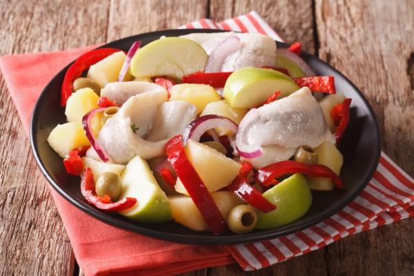 Салат из сельди без майонеза