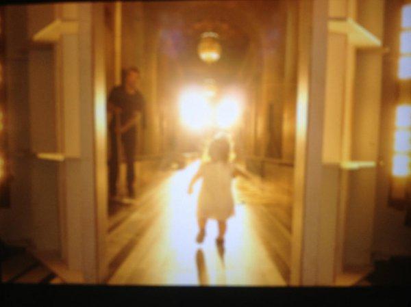Фото однолетней дочери Виктории Бекхэм на помосте