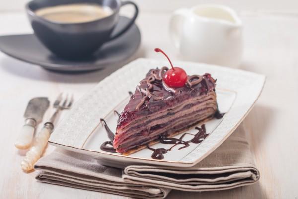 Сладкий блинный торт на Масленицу