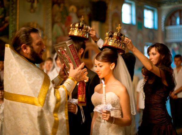 Таинство венчания: Что нужно знать о церковном ритуале?
