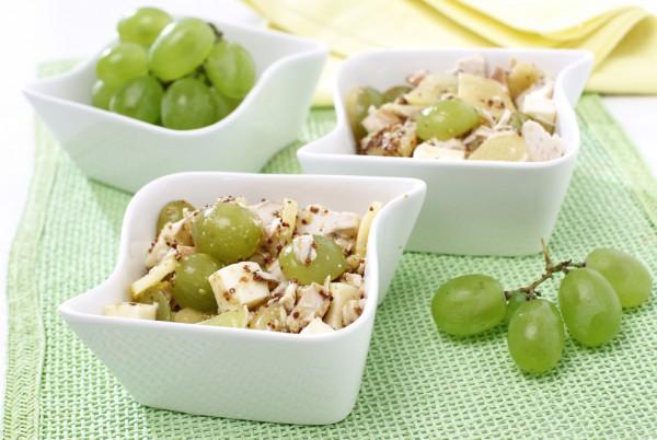 Рецепт                  Куриный салат с виноградом и сыром