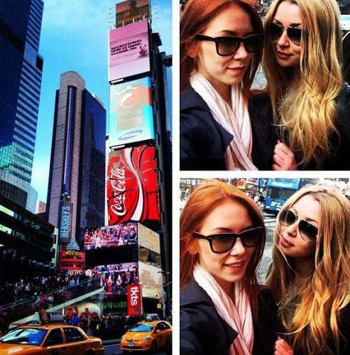 Недавно девушка вместе с подружкой посетила Нью-Йорк и выкладывала