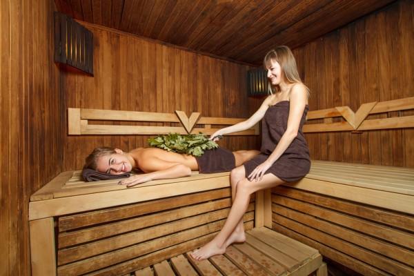 Есть определенные правила использования веника в бане