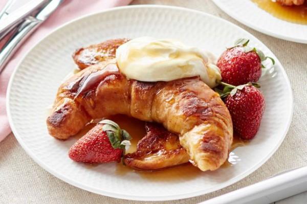 Завтрак на День святого Валентина: французские тосты