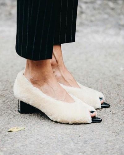 Обувь из искусственного меха