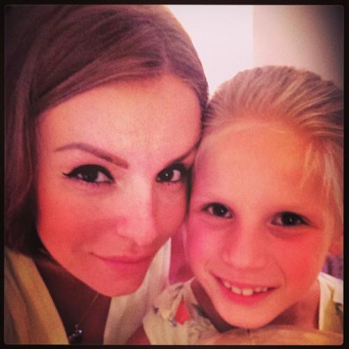 Юлия волкова с подросшей дочерью instagram