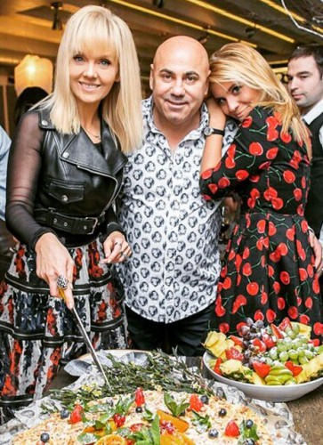 Валерия с мужем Иосифом Пригожиным и дочкой Анной Шульгиной