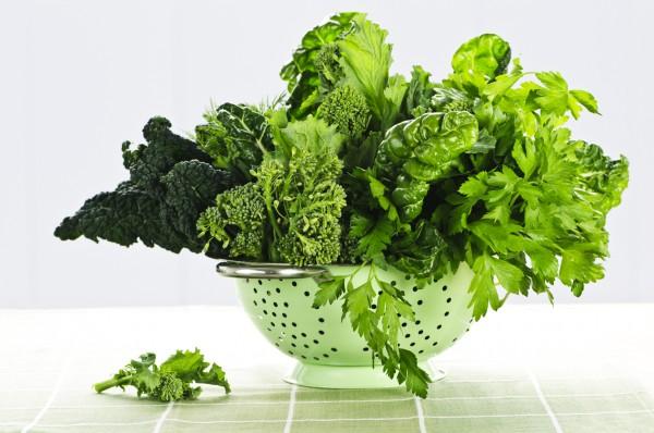 Темно-листовые овощи должны обязательно присутствовать в твоем рационе