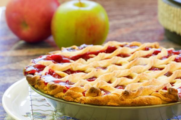 Рецепт                  Канадский пирог с вишнями