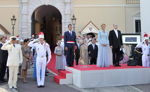 Гражданская церемония бракосочетания проходила в королевском дворце Монако