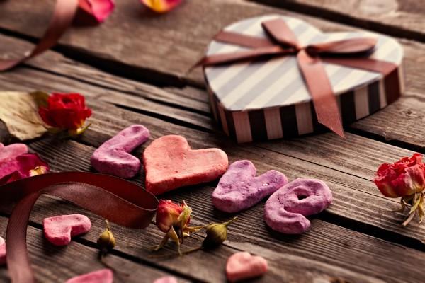 Декор на день святого валентина: Украшаем дом