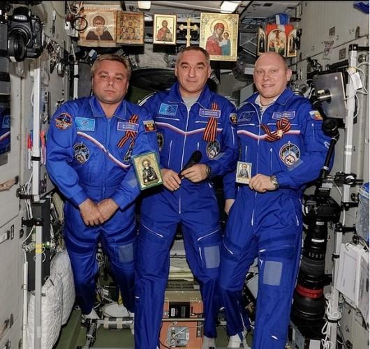 Ксения Собчак высмеяла российских космонавтов