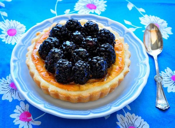 Корзиночки с ягодами и сливочным сыром