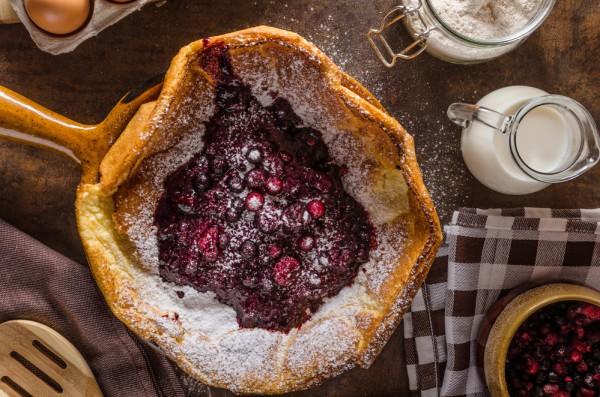 Датские блинчики с ягодами