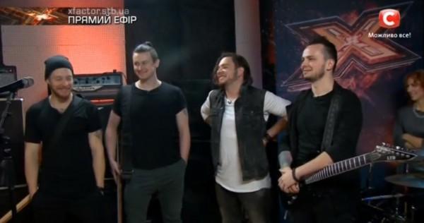 Х-фактор 7 сезон 1 прямой эфир: группа Detach исполнила поп-песню