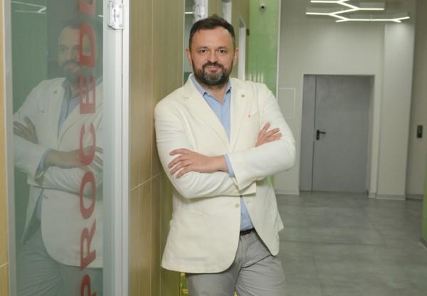 Доктор Ростислав Валихновский