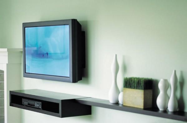 Протирай телевизор от пыли хотя бы несколько раз в месяц