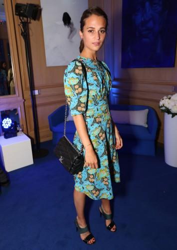 Стало известно имя новой посланницы бренда Louis Vuitton