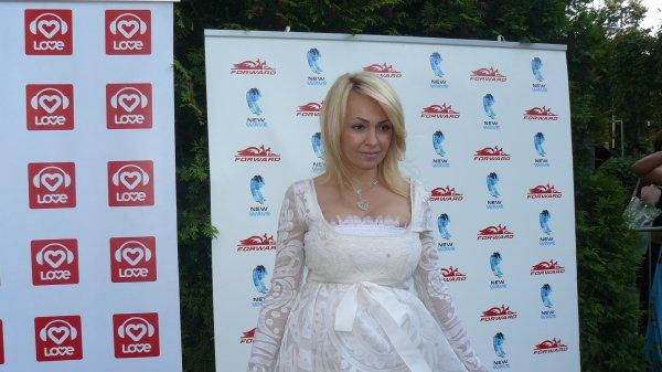 Яна Рудковская сказала, что будет рожать в Москве