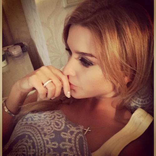 Ксения Бородина показала кольцо от возлюбленного