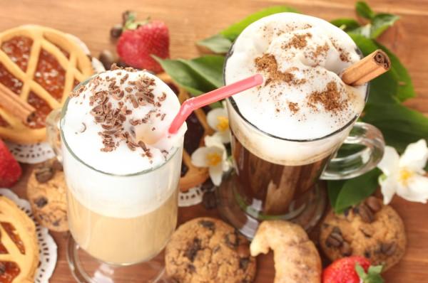 Рецепт                  Кофейный коктейль с корицей и льдом
