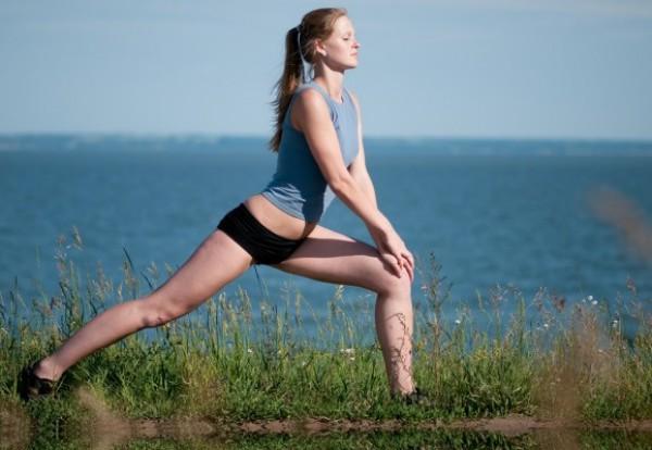 Следи, чтобы колено не выпадало вперед