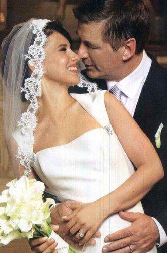 Алек Болдуин похвастался свадебным снимком