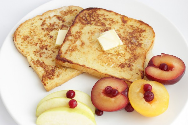 Рецепт                  Французские тосты с яблоками и сливами