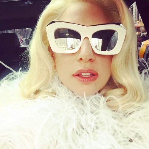 Эпатажная американская певица Lady Gaga