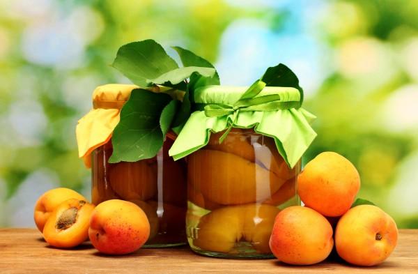 Для маринования нужно отбирать только спелые фрукты