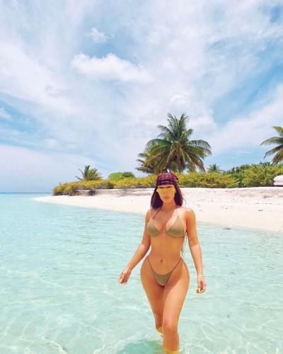 Ким Кардашьян в бикини