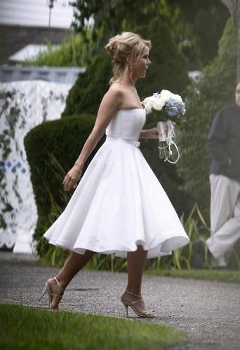 Актриса Шерил Хайнс в свадебном платье