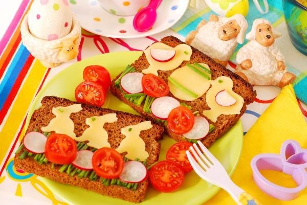 Детский пасхальный завтрак