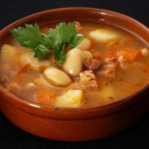 Фасолевый суп со свининой в мультиварке: пошаговый рецепт