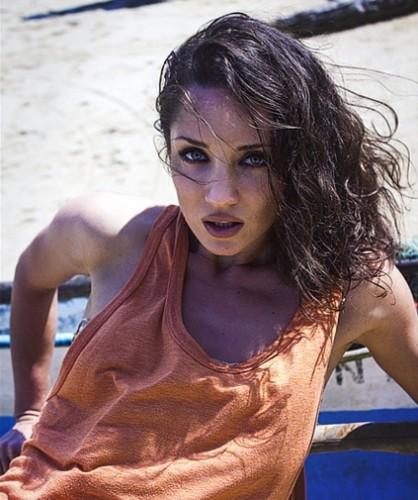 Татьяна Денисова показала снимки из новой фотосессии