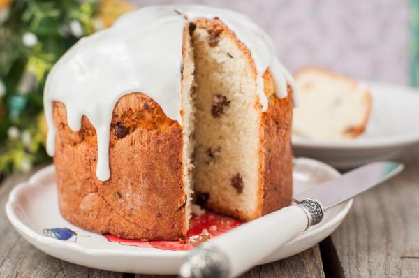 Кулич очень легко и быстро готовится в хлебопечке