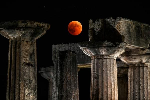 Полная фаза затмения в Греции