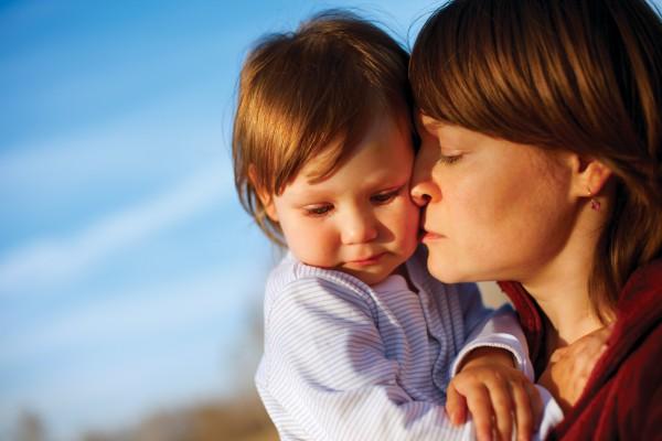 Многие женщины воспитывают детей сами потому, что рядом нет сильных и любящих мужчин