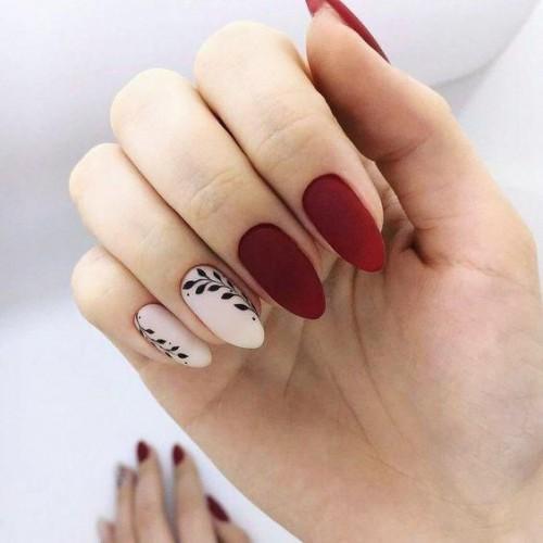 Почему шеллак не держится на ногтях