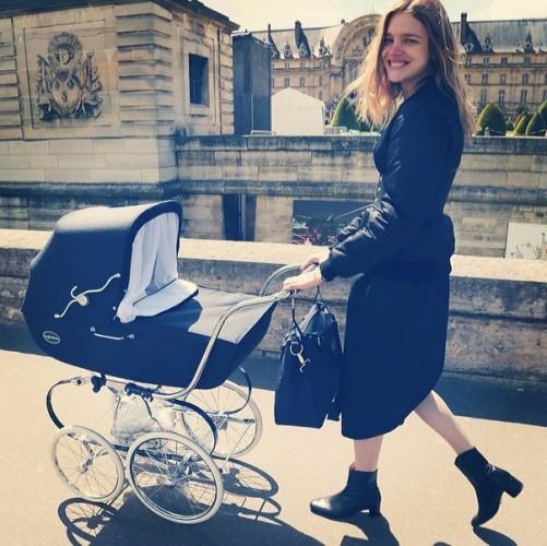 Наталья Водянова показала фото после родов