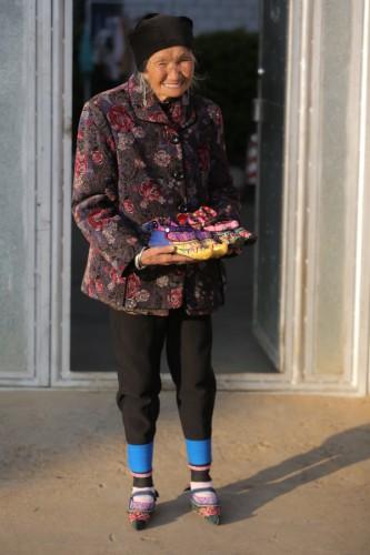 Дмитрию Комарову в Китае удалось найти последних женщин с