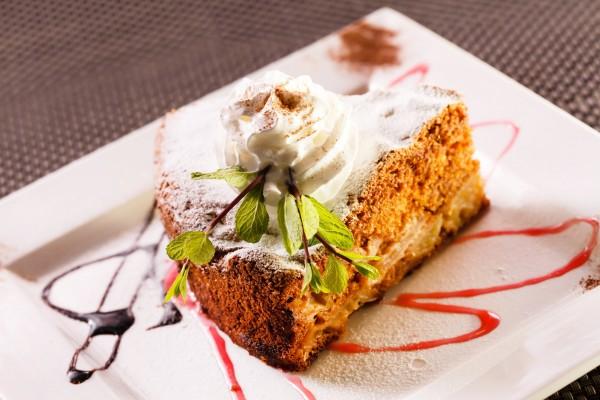 Орехово-морковный торт в мультиварке