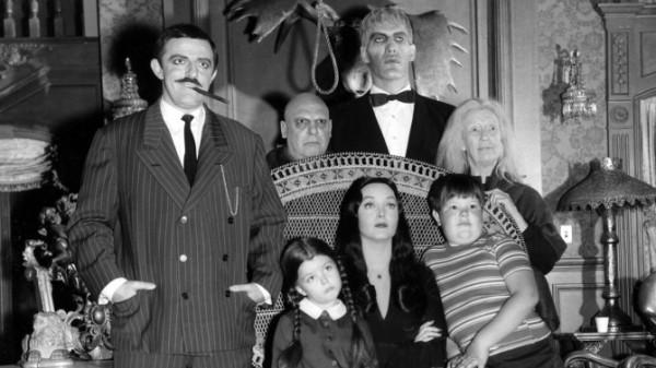 Семейка Адамсов (на фото Кен Везервакс - мальчик справа)